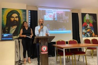 Mersin Büyükşehir Belediye Başkanımız Sayın Vahap Seçer ile Tarsus Cem Evinde Canlarla birlikteyiz. Tüm canların Yas-ı Matem niyazları ve lokmaları kabul olsun. Muharrem Ayı tüm insanlığa barış , huzur ve hoşgörü getirsin. - 2