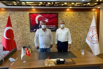 Mersin Pazarcılar Esnaf Odası Başkanı Abdulhalim BATUR'u ziyaret ettik, pazarcı esnafımızın sorunlarını dinledik, çözüm üretmek için görüş alışverişinde bulunduk. - 1