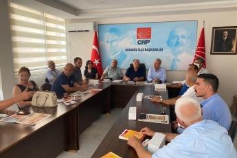 2020-08-11- Akdeniz İlçe Başkanlığımızı ziyaret ettik. Partili dostlarımızla birlikte gündemi değerlendirdik - 1
