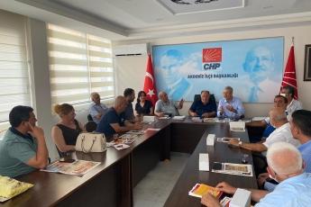 2020-08-11- Akdeniz İlçe Başkanlığımızı ziyaret ettik. Partili dostlarımızla birlikte gündemi değerlendirdik - 2