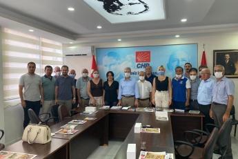 2020-08-11- Akdeniz İlçe Başkanlığımızı ziyaret ettik. Partili dostlarımızla birlikte gündemi değerlendirdik - 3