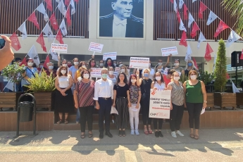 2020-08-12- İstanbul Sözleşmesini savunmak kadına şiddete, tecavüze, cinayete HAYIR demektir - Basın Açıklamasına Katıldık - 2