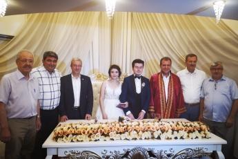 Ceren ŞAHİN ve Ümit YILMAZ Çiftinin Düğününe Nikah Şahidi Olarak Katılımımız.-03