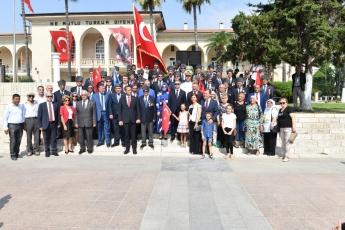 Mersin Cumhuriyet Meydanında 30 Ağustos Zafer Bayramı Kutlamalarına Katılımımız.-08