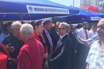 Mersin Cumhuriyet Meydanında CHP İl Başkanlığının 30 Ağustos Zafer Bayramı Çelenk Koyma Töreni ve Kutlamalarına Katılımımız.-02