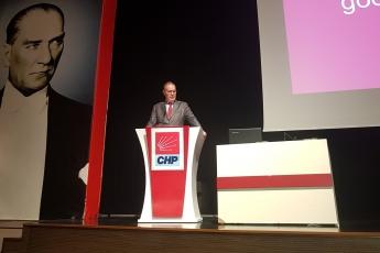 CHP Genel Merkezinde Yerel  Seçimde Ekonomi Söylemi Konulu Sunuma Katılımımız-01