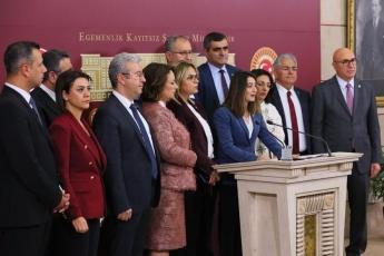 CHP Milletvekillerimiz İle Birlikte TBMM Basın Odasında Kadın Hakları Basın Açıklamasına Katılımımız.-01