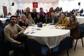 Mersin Büyükşehir Belediyesi Kongre Merkezi'nde Eşitlik ve Adalet Kadın Buluşmasına Katılımımız.-02