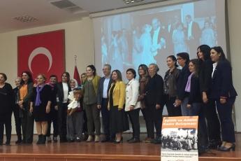 Mersin Büyükşehir Belediyesi Kongre Merkezi'nde Eşitlik ve Adalet Kadın Buluşmasına Katılımımız.-05
