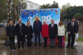 Demokrasi Parkında Mezitli Belediyesinin Yılbaşı Festivali Açılışına Katılımımız.-01