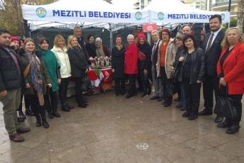 Demokrasi Parkında Mezitli Belediyesinin Yılbaşı Festivali Açılışına Katılımımız.-05