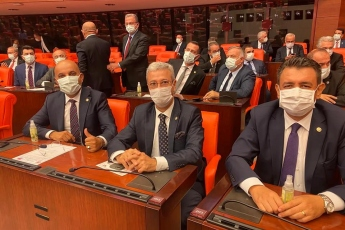 TBMM 27. Dönem 4. Yasama yılı açılışını gerçekleştiriyoruz. Özgürlük, adalet, eşitlik, hukukun üstünlüğü ve Mustafa Kemal Atatürk'ün devrimleri için mücadeleye etmeye devam edeceğiz. - 3