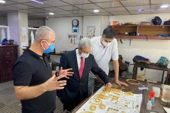 Genel Başkanımız Sayın Kemal Kılıçdaroğlu'nun vermiş olduğu görev doğrultusunda KOBİ'leri İl Başkan Yardımcımız Erdal Taş ile birlikte ziyaret ediyoruz. Mazlum Kuyumculuk Zincirilerinin Sahibi Zeynel Aydemir'i Ziyaret Ederek Pandemi sürecinin etkilerini konuştuk.