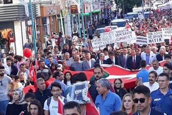 CHP İl Başkanlığının Tarsus İlçe Örgütü ile Birlikte 29 Ekim Cumhuriyet Bayramı Törenine ve Yürüyüşüne Katılımımız-03
