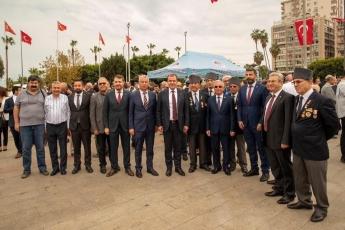 Mersin Cumhuriyet Meydanı'nda, 29 Ekim Cumhuriyet Bayramı'nın 96. Yılı Kutlama Etkinlikleri Kapsamında Çelenk Koyma Törenine Katılımımız. -03