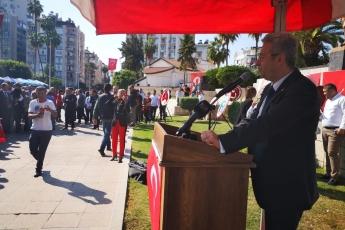 Mersin Cumhuriyet Meydanında CHP Mersin İl Örgütü İle 29 Ekim Cumhuriyet Bayramı'nın 96. Yılı Kutlama Etkinliklerine Katılımımız.-05