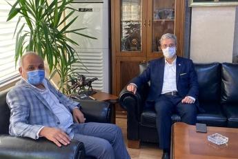 Mersin Esnaf ve Sanatkarlar Odaları Birliği Başkanımız Talat Dinçer'i ziyaret ederek Ahilik Haftasını Kutladık. Koronavirüs salgını  nedeniyle esnaflarımızın yaşadığı sorunları ve çözüm önerilerini konuştuk. Partimizin konuyla ilgili görüşlerini aktardık. - 1