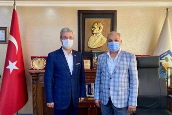 Mersin Esnaf ve Sanatkarlar Odaları Birliği Başkanımız Talat Dinçer'i ziyaret ederek Ahilik Haftasını Kutladık. Koronavirüs salgını  nedeniyle esnaflarımızın yaşadığı sorunları ve çözüm önerilerini konuştuk. Partimizin konuyla ilgili görüşlerini aktardık. -2