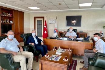 Mersin Ticaret ve Sanayi Odası Başkanımız Ayhan Kızıltan'ı ziyaret ettik. Başta Mersin olmak üzere koronavirüs sürecinde bütün ülkemizin karşı karşıya kaldığı sosyal ve ekonomik sıkıntılar üzerine konuştuk. Çözüm önerilerimizi paylaştık.