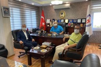 Mersin Giyim ve Tekstilciler Esnaf Odası Başkanı Halim Çavuşoğlu'nu ziyaret ederek okulların açılmaması sebebiyle esnafımızın yaşadığı sorunları ve çözüm önerilerini konuştuk. - 1