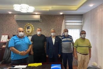 Mersin Giyim ve Tekstilciler Esnaf Odası Başkanı Halim Çavuşoğlu'nu ziyaret ederek okulların açılmaması sebebiyle esnafımızın yaşadığı sorunları ve çözüm önerilerini konuştuk. - 2