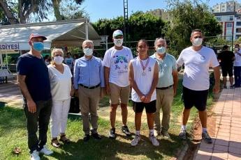 Avrupa-Hareketlilik-Haftası-kapsamında-pandemi-kuralları-çerçevesinde-14-Yaş-Tenis-Turnuvası-Kupa-Töreni-için-Aratos-Spor-Tesislerindeyiz-4