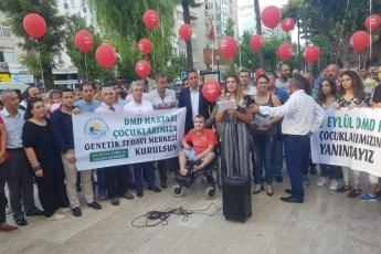 Mersin Özgür Çocuk Parkı'nda Kas Erimesi Hastalığı Basın Açıklamasına Katılımımız.-01