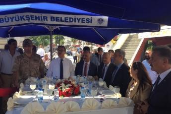 Mersin Cumhuriyet Anıtı ve Ulu Cami Meydanı 25. Geleneksel Ahilik Kültürü Haftası Kutlamasına Katılımımız.08