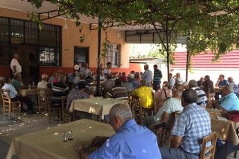CHP Tarsus İlçe Başkanımız Ali İlk İle Birlikte Tarsus Barboros Mahallesi Çarşı Esnafı ve Kahvehanelerini Ziyaretimiz.-09