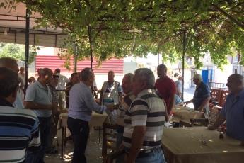 CHP Tarsus İlçe Başkanımız Ali İlk İle Birlikte Tarsus Barboros Mahallesi Çarşı Esnafı ve Kahvehanelerini Ziyaretimiz.-11