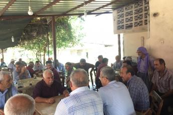 CHP Tarsus İlçe Başkanımız Ali İlk İle Birlikte Tarsus Girne Mahallesi Kahvehanelerini Ziyaretimiz.-01