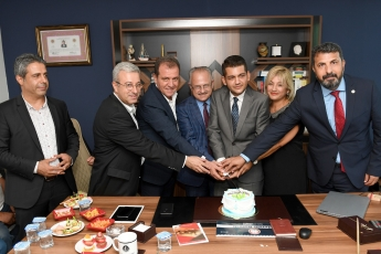 Mersin'de Büyükşehir Belediye Başkanımız Vahap Seçer İle Birlikte Avukat Yiğit Gökbel'in Avukatlık Bürosu Açılışına Katılımımız.-03