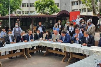 Yalova'da yaşananlar yalnızca bir belediye başkanının hukuksuzca görevden uzaklaştırılması değildir. Bu aynı zamanda seçmen iradesine saygısızlıktır!