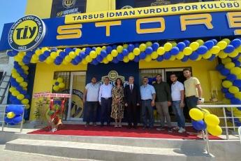 Tarsus ilçe örgütümüz ve gençlik kollarımızlai birlikte Tarsus İdmanyurdu Mağazasını ziyaret ettik , hayırladık.