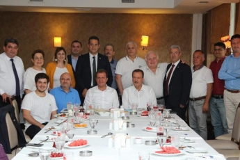İstanbul Ataşehir'de Mersinli Olup İstanbul'da Yaşayan İş İnsanları ve STK Temsilcileri İle Öğle Yemeğine Katılımımız.