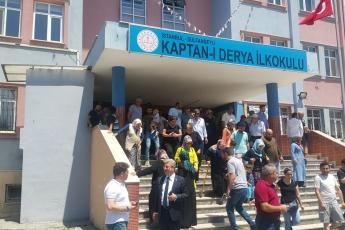 Oy Kullanımlarının Kontrolü ve Verilen Oylara Sahip Çıkmak İçin Sultanbeyli Kaptan-ı Derya İlkokulundayız.