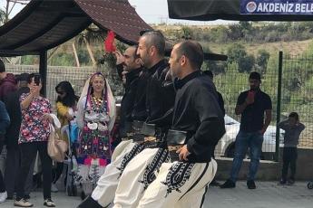 Akdeniz İlçesi Melemez Köyünde Begonvil Dikim ve SODES Proje Tanıtımına Katılımımız-04