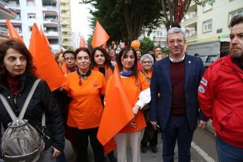 25 Kasım Kadına Şiddetle Mücadele Yürüyüşüne Katılımımız-03