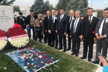 Merhum CHP Genel Başkanı ve Başbakan Bülent Ecevit'i Ölüm Yıldönümünde Kabri Başında Anma Törenine Katılımımız.