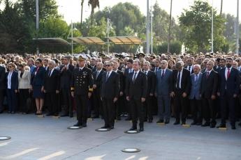 10 Kasım 2019 Atatürk'ün Ölümünün 81. Yılı Anma Programı kapsamında Cumhuriyet Meydanında yapılan Çelenk sunma Törenine Katılımımız.-03