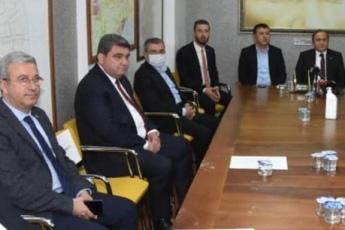 Ceyhan Belediye Başkanı Fatih Aydar'a destek için Basın Açıklaması