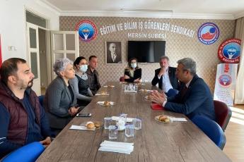 Türkiye'nin en büyük sorunu eğitimdir. Mersin Eğitim İş Şube ziyaretimde bu büyük sorunun çözüm önerilerini konuşuyoruz...