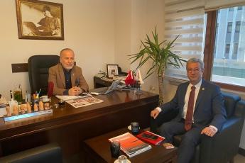 Güney Gazetesi'nde Ali Adalıoğlu'nu ziyaret ettik. Türkiye gündemi ve güncel gelişmeleri hakkında konuştuk.