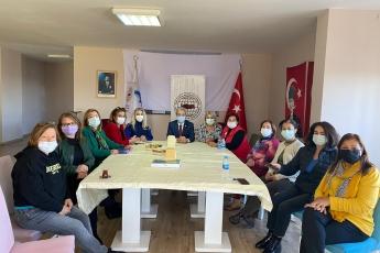 Türk Kadınlar Konseyi Mersin Şubesini ziyaret ettik, İstanbul Sözleşmesinin feshedilmesine dair görüşlerimizi aktardık.