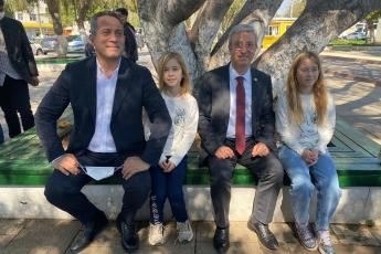 CHP'nin üç vekili olarak; Belediye Başkanımız Vahap Seçer, Mersin Çevre Platformu, Nükleer karşıtı Platform, Sivil Toplum Örgütleri, Odalar ve vatandaşlarımızla Atatürk Parkı'nın yok edilmesine dur dedik! Cumhur İttifakı üyeleri Mersin'e ihanet ediyor!