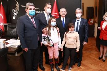 Mersin Milletvekilleri olarak Genel Başkanımız Sayın Kemal Kılıçdaroğlu ile birlikteyiz.