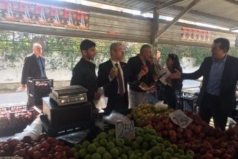 Yenişehir Belediye Başkan Adayımız Abdullah ÖZYİĞİT ile Birlikte Batıkent Semt Pazarı Ziyaretine Katılımımız.-01