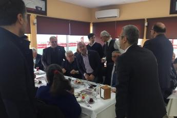 Mersin Büyükşehir Belediye Başkan Adayımız Vahap SEÇER ile Yenişehirdeki Muhtarlar Kahvaltısına Katılımımız.-01