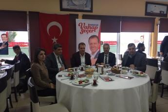 Mersin Büyükşehir Belediye Başkan Adayımız Vahap SEÇER ile Yenişehirdeki Muhtarlar Kahvaltısına Katılımımız.-02