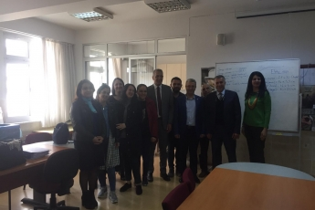 Mezitli Belediye Başkanı ve Adayımız Neşet TARHAN ile Halk Eğitimi Merkezini Ziyaretimiz.-04